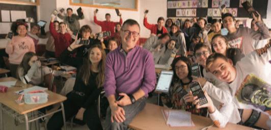 Lluís Bonet, el profesor alicantino que innova en sus clases de matemáticas